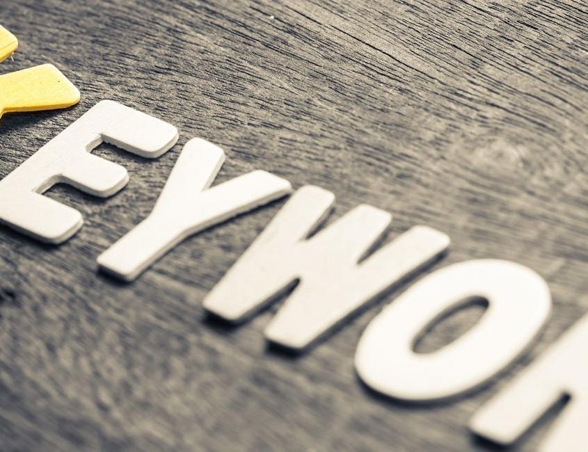 Wort ausgelegt Keyword