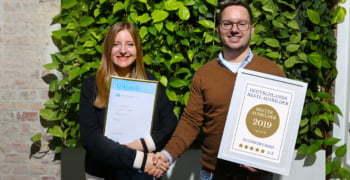 Sebastian Kübler mit Luisa Nutzinger, Azubi bei ECONSOR und 2019 mit einem Preis ausgezeichnet für herausragende Leistungen.