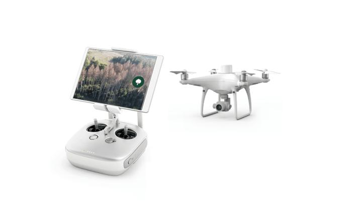 Eine weiße Drohne mit App und Steuerung